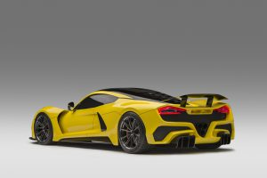 Top 10 fastest cars in the world 2019