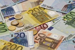 Top 10 Strongest Currencies in the World
