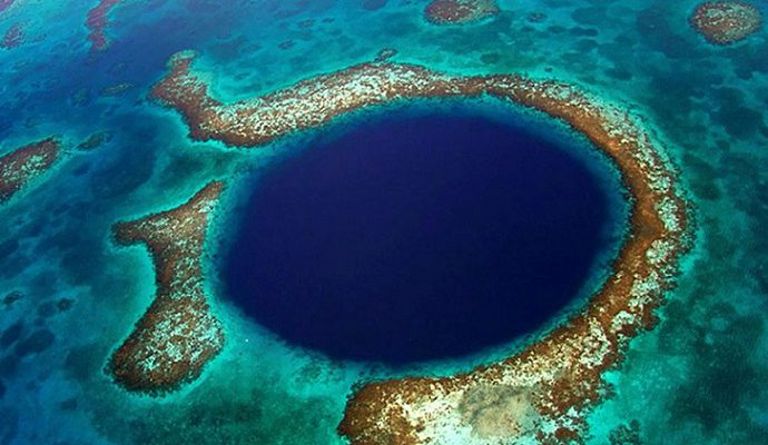 Top 10 Breathtaking Surreal Places in The World