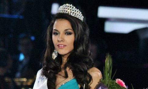 Top 10 Beautiful Bulgarian Women